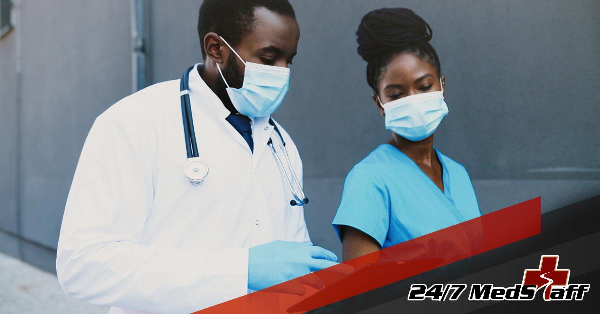 936334_247MedStaff-BloggingImages-Looking For a Career As a Physicians Assistant_010721.jpg